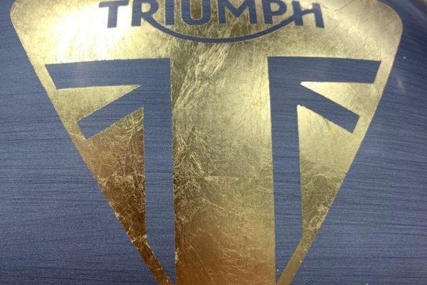serbatoio-triumph-oro2